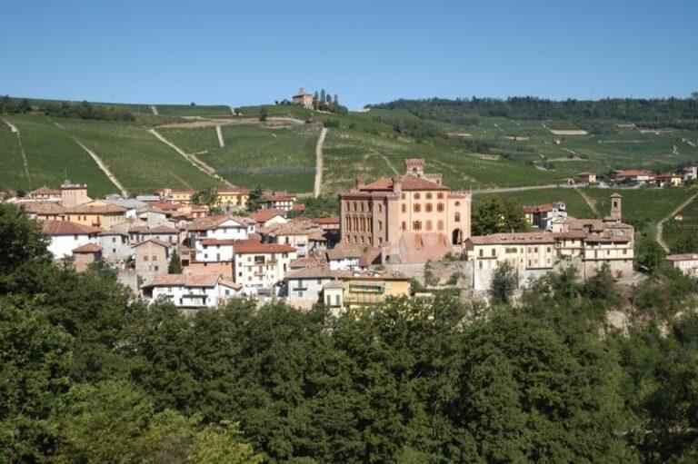 Barolo: Città Italiana del Vino 2021