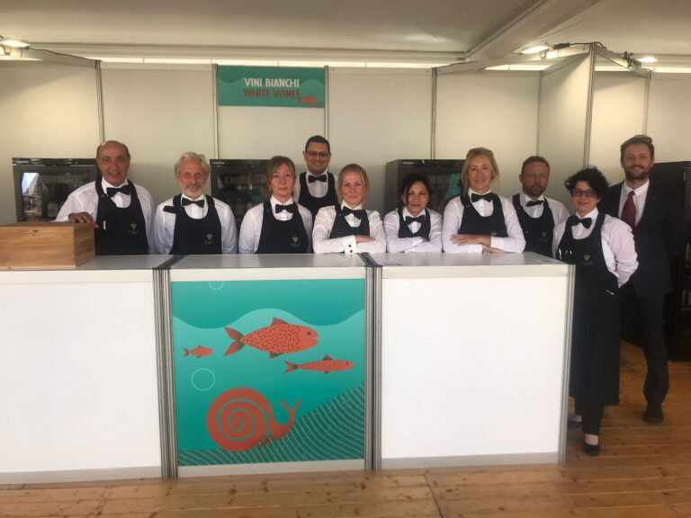 I Sommelier Fisar presenti a SlowFish 2021