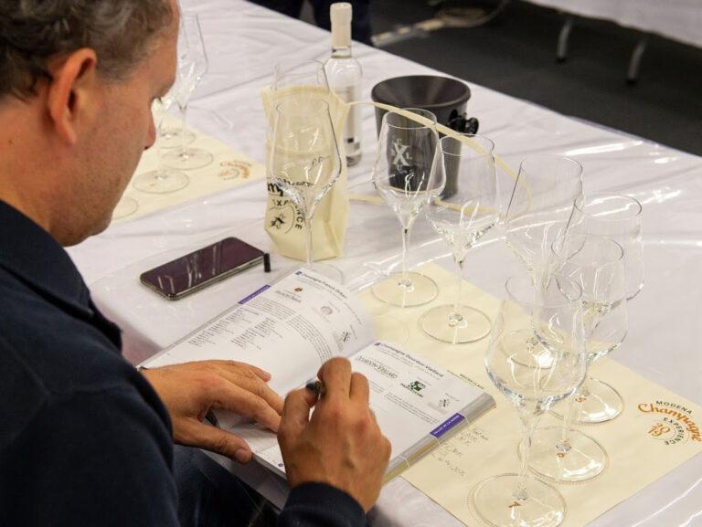 Torna Modena Champagne Experience